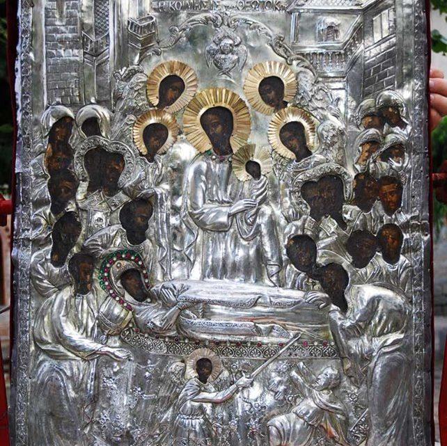 Την Θαυματουργή Εικόνα Της Παναγίας Άνω Ξενιάς η Λάρισα Υποδέχεται