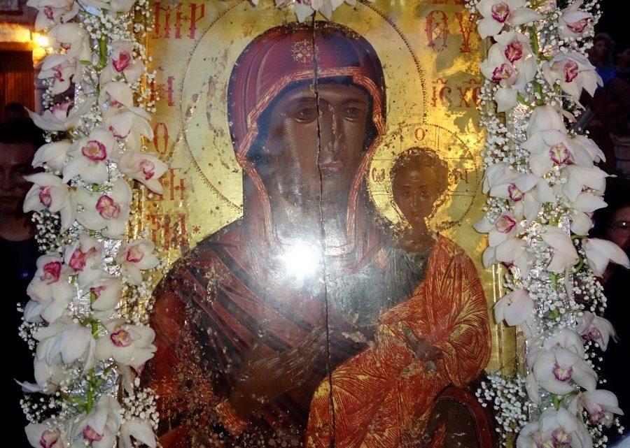 Την Θαυματουργή Εικόνα της Παναγίας την Οδηγήτριας Υποδέχεται η Λάρισα