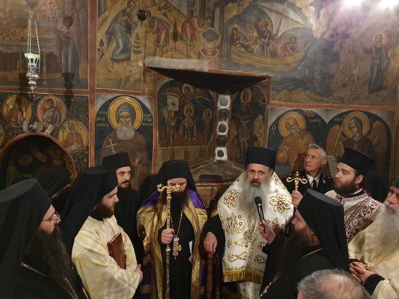 Ενθρόνιση νέου Ηγουμένου στην Ιερά Μονή Αγίου Νικολάου Αναπαυσά Μετεώρων