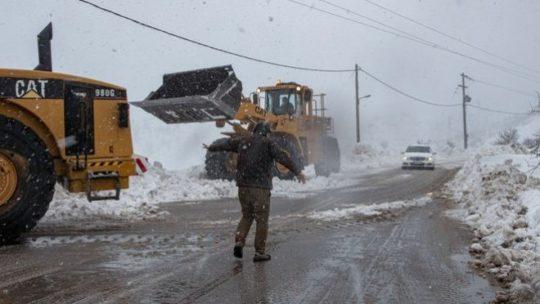 """Η κακοκαιρία """"Ηφαιστίων"""" χτυπά τη χώρα μας-Κατακόρυφη πτώση της θερμοκρασίας"""