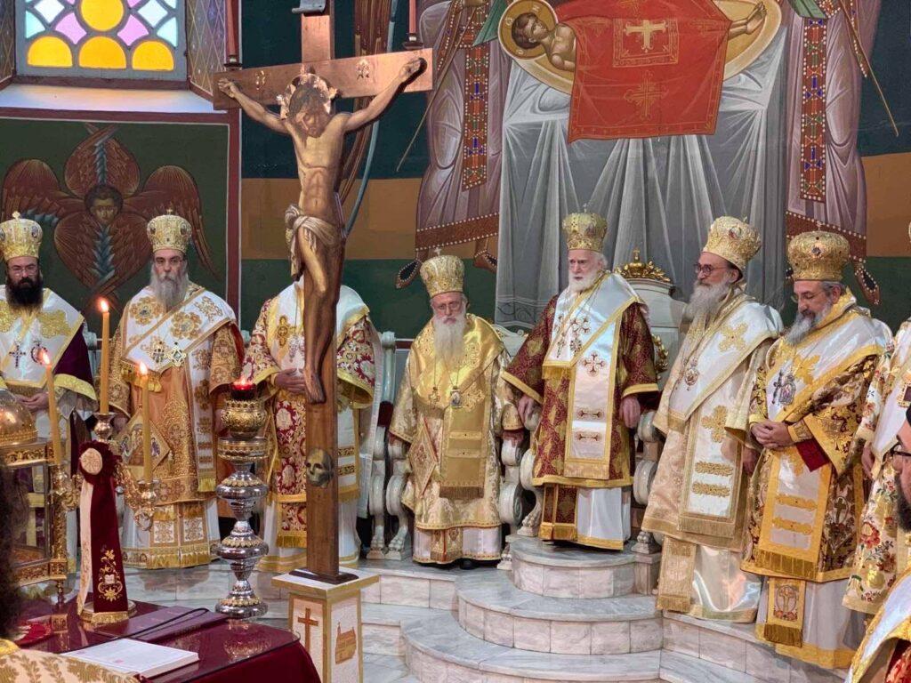 Τίμησαν τον Αρχιεπίσκοπο Κρήτης στον Άγιο Μηνά Ηρακλείου – Η ξαφνική αδιαθεσία και το αίσιο τέλος