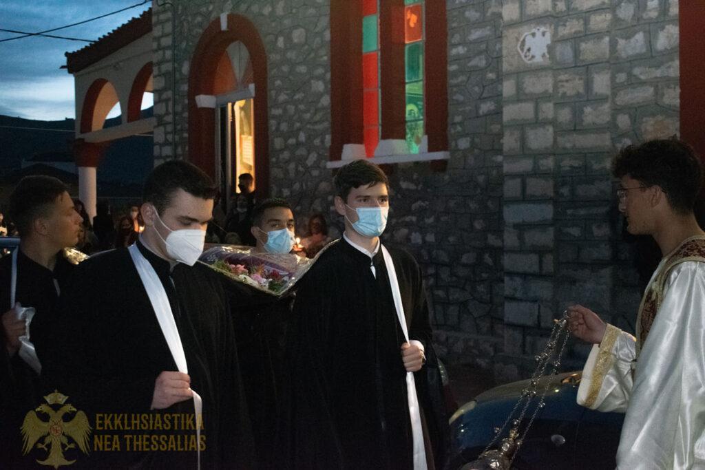 15 1024x683 - Η ακολουθία του Επιτάφιου στον Τύρναβο (φωτο)