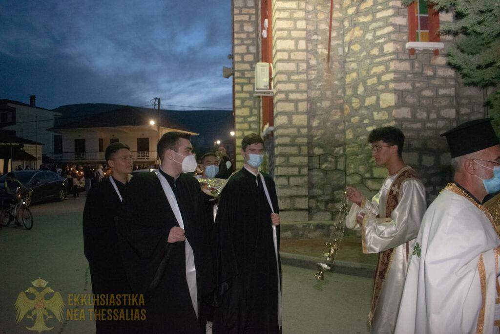 16 1024x683 - Η ακολουθία του Επιτάφιου στον Τύρναβο (φωτο)